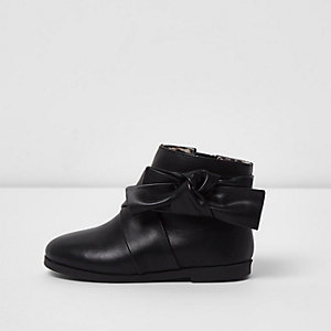 Mini girls black bow detail boots