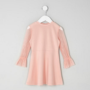 Mini girls pink plisse sleeve skater dress