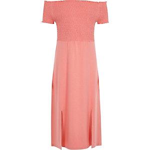 Koraalrode gesmokte maxi-jurk in bardotstijl voor meisjes