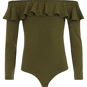 Bardot-Body in Khaki mit Rüschen