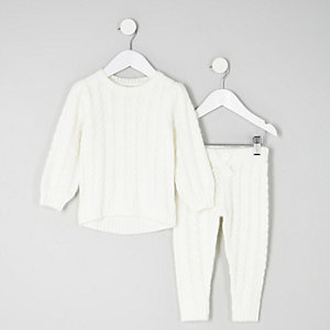 Mini girls cream cable knit sweater outfit