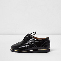 Mini girls black patent brogues