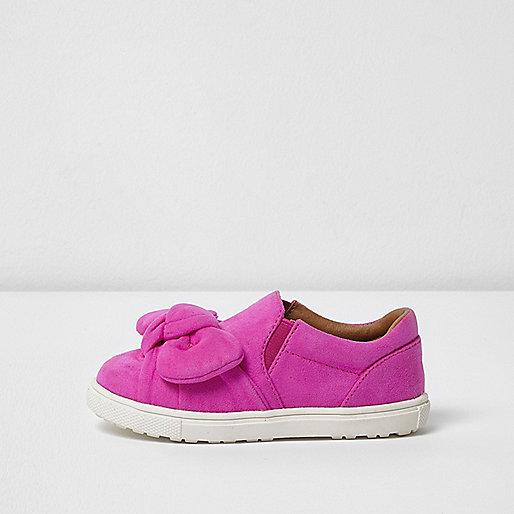 Mini girls pink bow slip on plimsolls