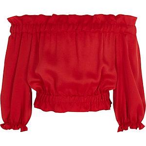Rotes Bardot-Satinoberteil