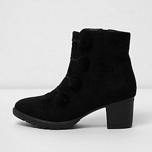 Zwarte laarzen met pompons in legerlook voor meisjes