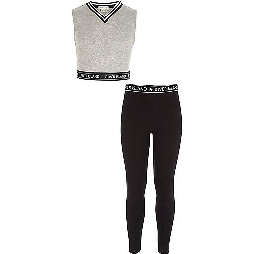 Girls grey crop top and leggings outfit