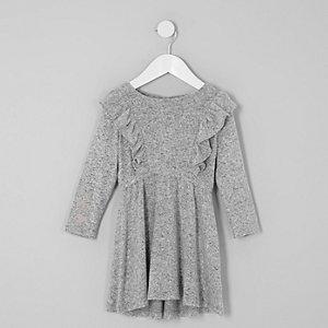 Robe en maille grise à volants et manches longues mini fille
