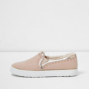 Girls light pink fur lined slip on plimsolls