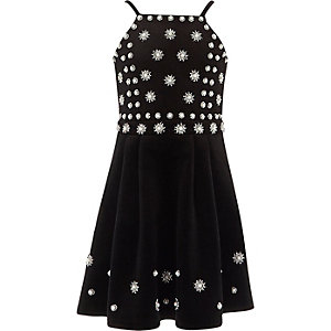 Girls black pearl embellished velvet dress