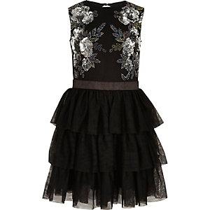 Robe de gala en maille noire ornée de perles pour fille