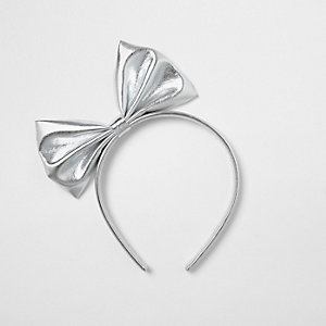 Girls silver metallic bow hair band