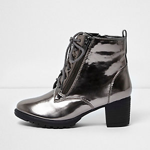 Girls grey metallic block heel lace-up boots