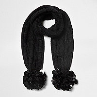 Girls black cable knit disk sequin scarf
