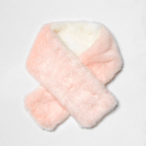 Mini girls light pink faux fur tippet scarf