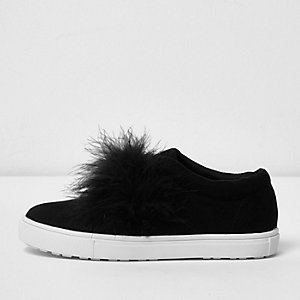Girls black feather slip on plimsolls