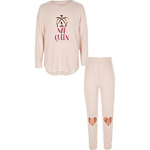 Girls light pink 'nap queen' pajama set