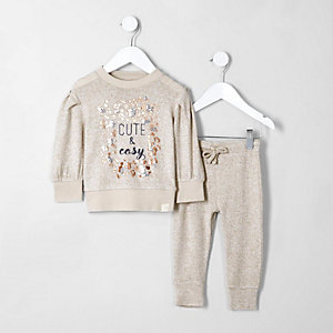 Mini girls 'cute' sweatshirt joggers outfit