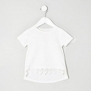 T-shirt blanc avec bordure au crochet mini fille