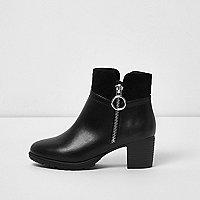 Girls black side ring zip block heel boots