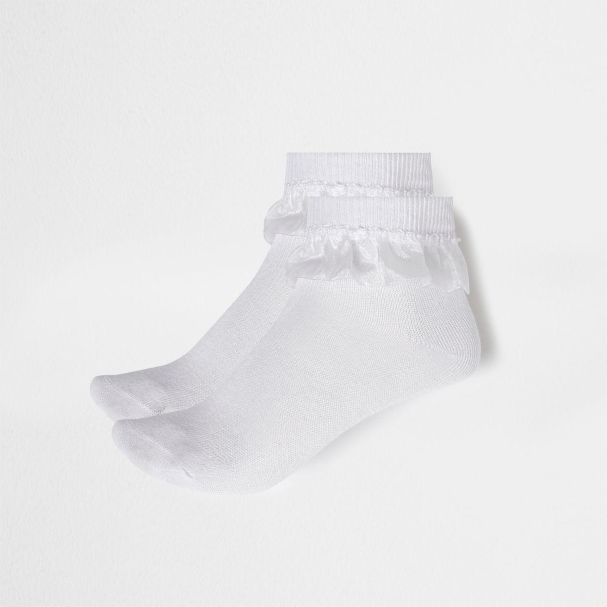 Weiße Sneakersocken mit Rüschen im Multipack