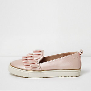 Girls light pink satin ruffle plimsolls