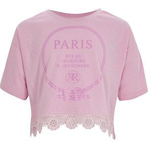 Roze cropped T-shirt met 'Paris'-print en kanten zoom