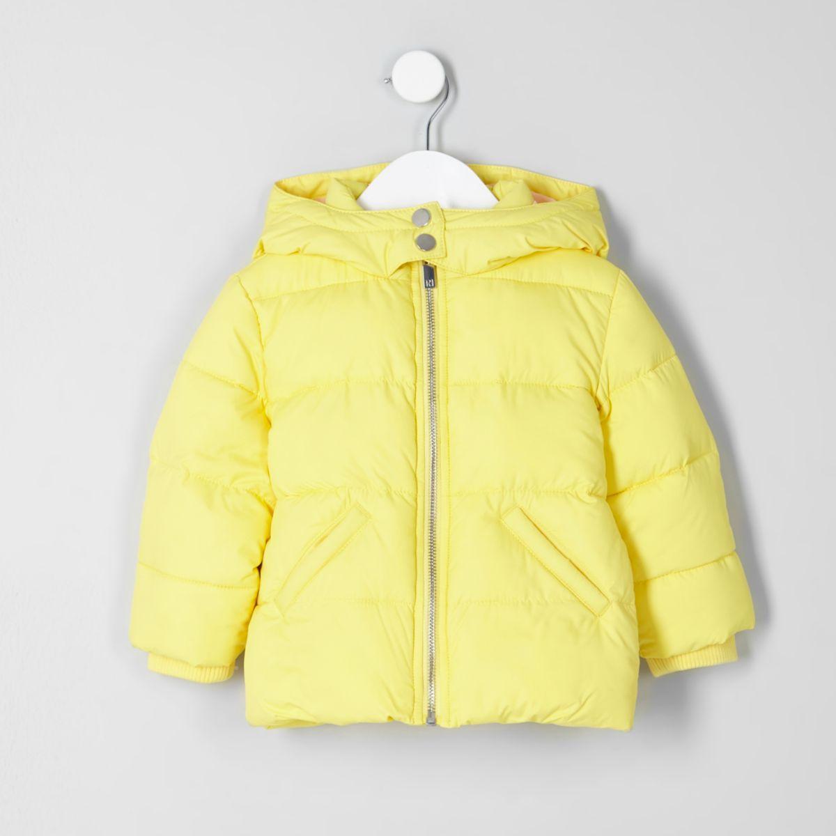Mini girls yellow 'girls rule' puffer jacket