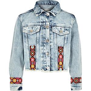 Veste en jean bleue à broderies pour fille