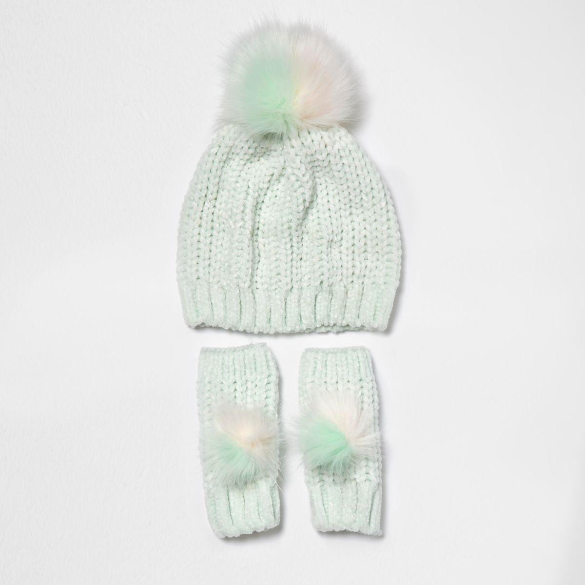 Girls light green chenille bobble hat set