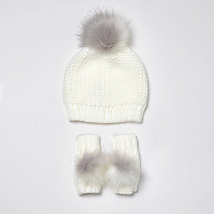 Mini girls chenille and faux fur beanie set