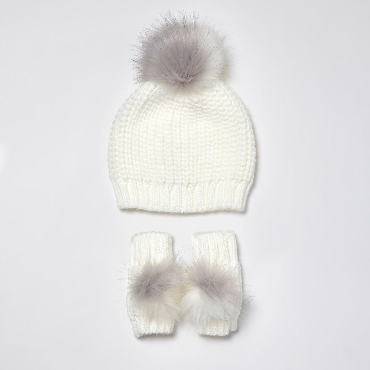 Mini girls chenille beanie and mittens set