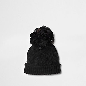 Mini girls black disk sequin knit beanie hat
