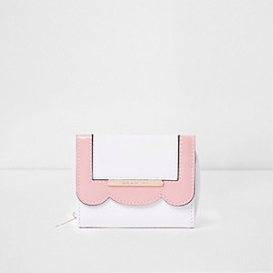 Witte portemonnee met geschulpte rand voor meisjes