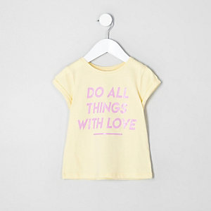 T-shirt « with love » jaune mini fille