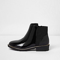 Girls black patent cheslea boots
