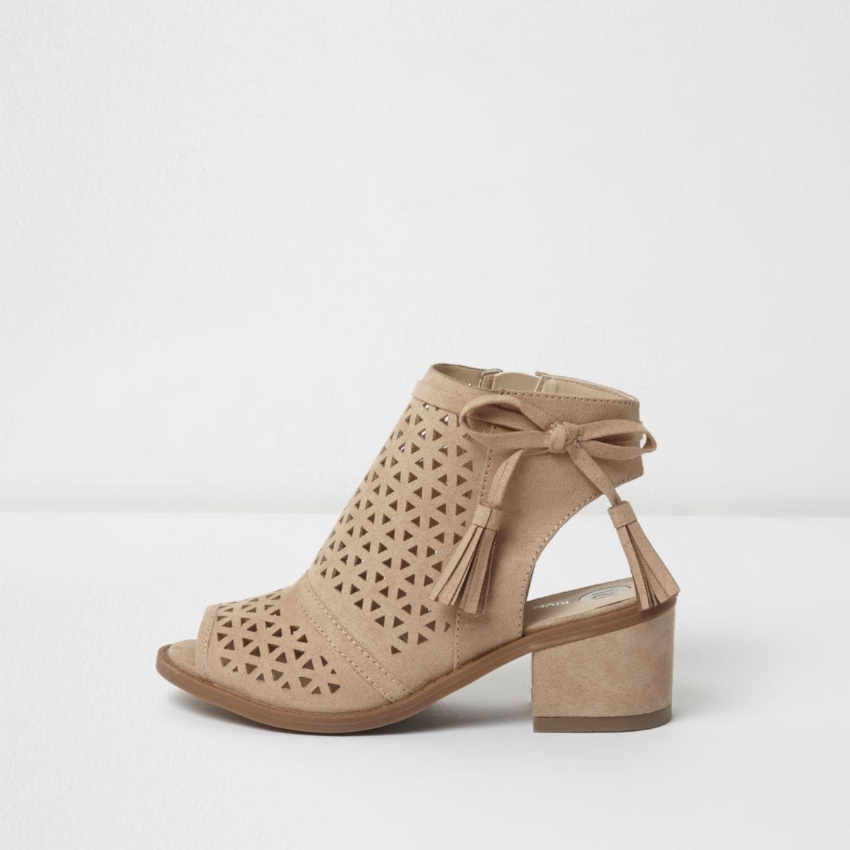 Girls beige laser cut tassel shoe boots