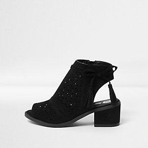 Zwarte laser-cut schoenlaarsjes met kwastjes voor meisjes