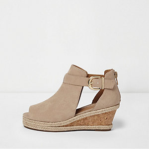 Girls beige espadrille wedge shoe boots