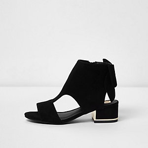 Girls black cut out bow back shoe boots