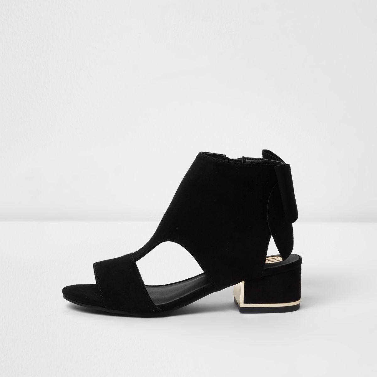 Shoe Boots mit Ausschnitten und Schleife