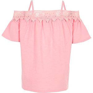 Roze gehaakte bardottop met kant voor meisjes
