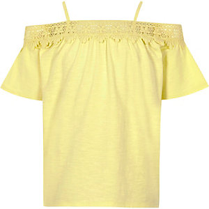 Gele bardottop met kant voor meisjes
