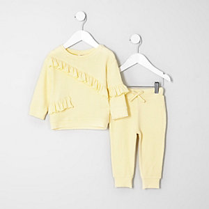 Mini girls yellow top and joggers outfit