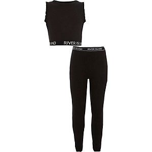 Girls RI black crop top and leggings outfit