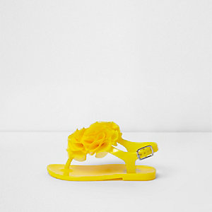Mini girls yellow ruffle jelly sandals