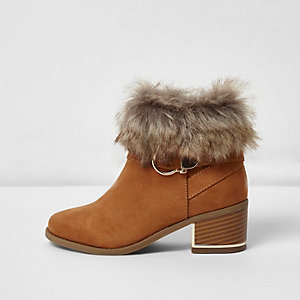 Girls tan faux fur trim block heel boots