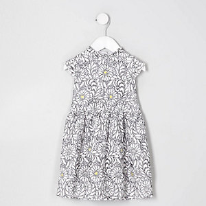 Mini girls white daisy flower lace dress