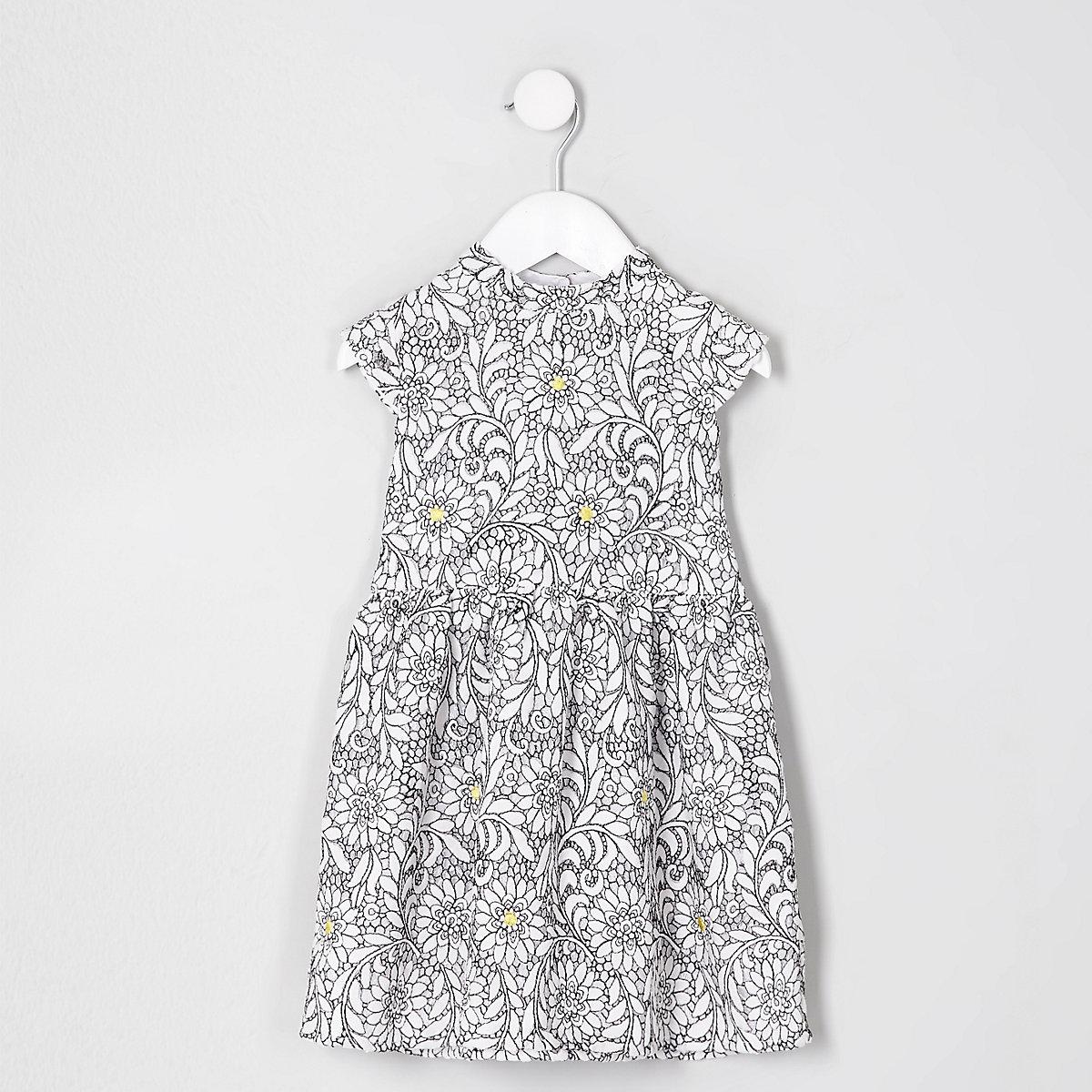 Mini girls white daisy flower lace dress