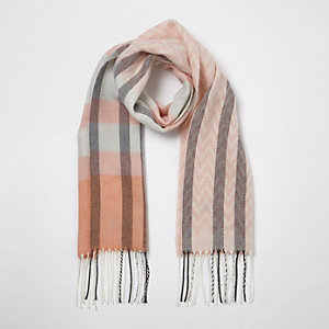 Girls pink check geo knit scarf