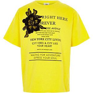 Geel T-shirt met bloemenapplicatie voor meisjes